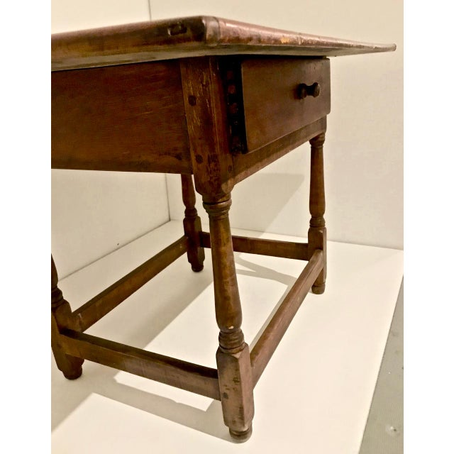 Late 18th Century 1790 Traditional Tavern Center Table For Sale - Image 5 of 12