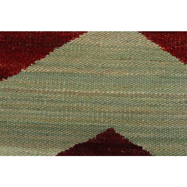 Abstract Kilim Margaret Hand-Woven Wool Rug - 6′4″ × 9′ For Sale In New York - Image 6 of 8