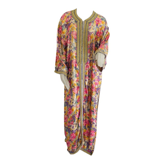 Elegant Moroccan Caftan Metallic Floral Silk Brocade For Sale