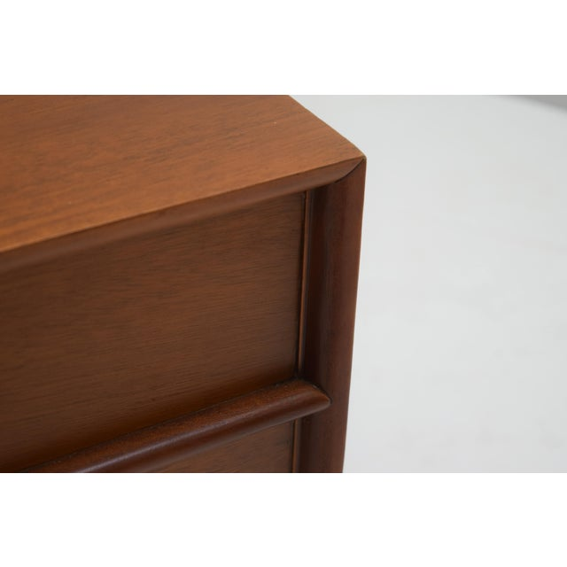 Mid-Century Modern Honduran Mahogany Vanity by Hickory Manufacturing For Sale - Image 3 of 13