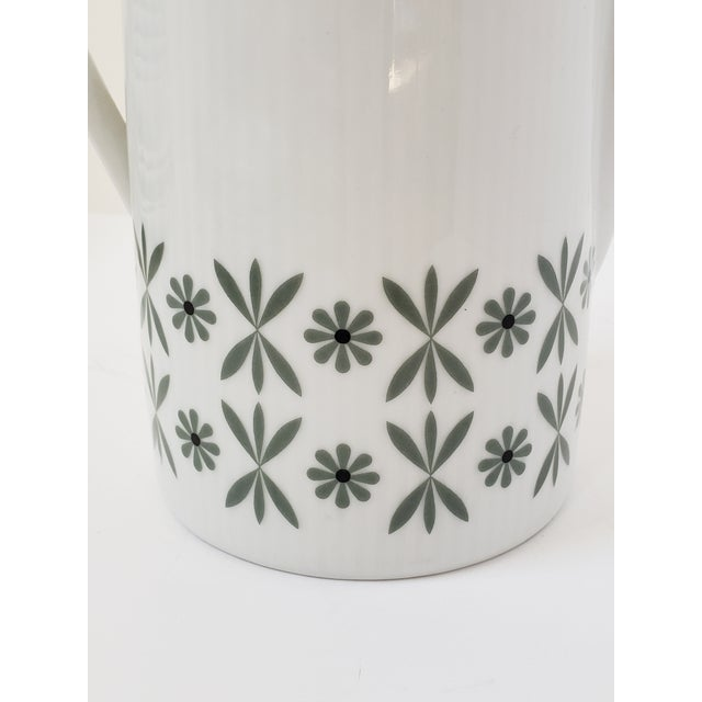 Mid Century Modern Seltmann Weiden Monica Bavarian Porcelain Dinnerware For Sale - Image 9 of 13