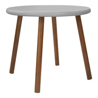 "Peewee Small Round 23.5"" Kids Table in Walnut With Gray Finish Accent For Sale"
