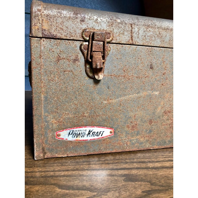 Vintage Car-Racing Crew Rusted Metal Patina Tool Box For Sale In Sacramento - Image 6 of 11