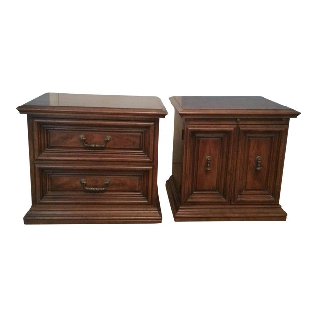 Henredon Nightstands - A Pair - Image 1 of 5