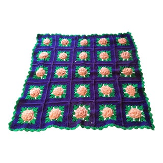 Vintage Cabbage Rose Crochet Throw For Sale