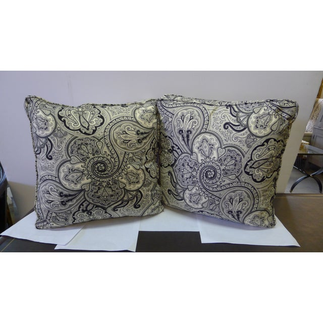 White Contemporary Cotton Paisley Black and White Pillows - a Pair For Sale - Image 8 of 8