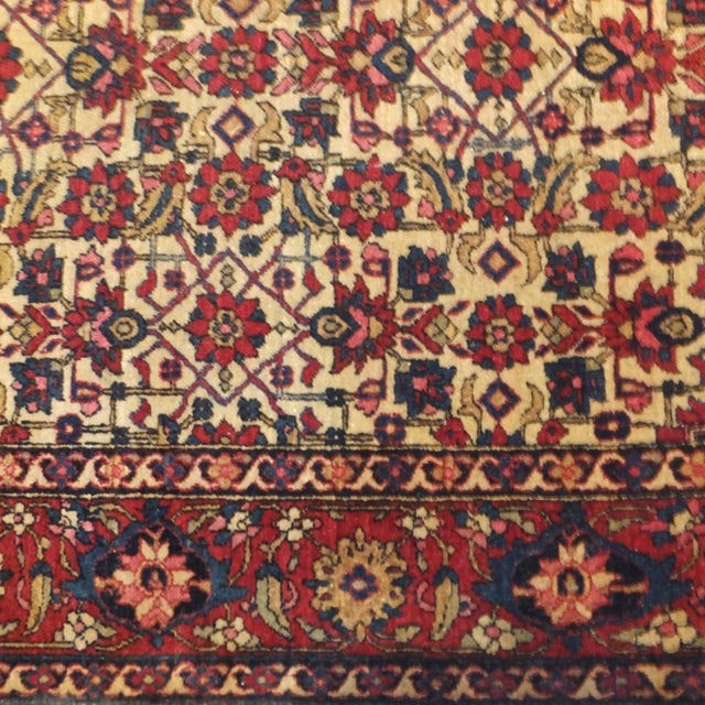 Antique Persian Isfahan Rug - 4' x 3' - Image 5 of 5
