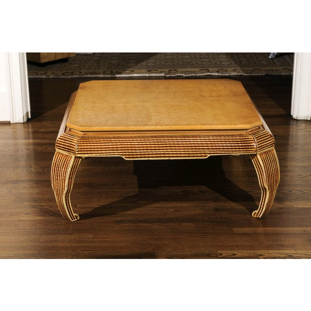 An Exquisite Hand-Painted Coffee Table by Alessandro for Baker, Circa 1985 For Sale In Atlanta - Image 6 of 10