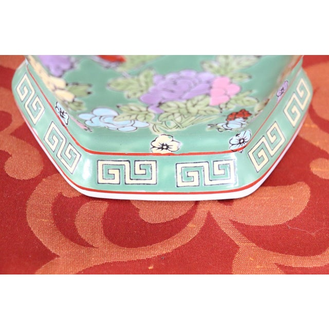 20th Century Chinese Vintage Artistic Vase in Ceramic Green and Floral Motifs For Sale - Image 10 of 11