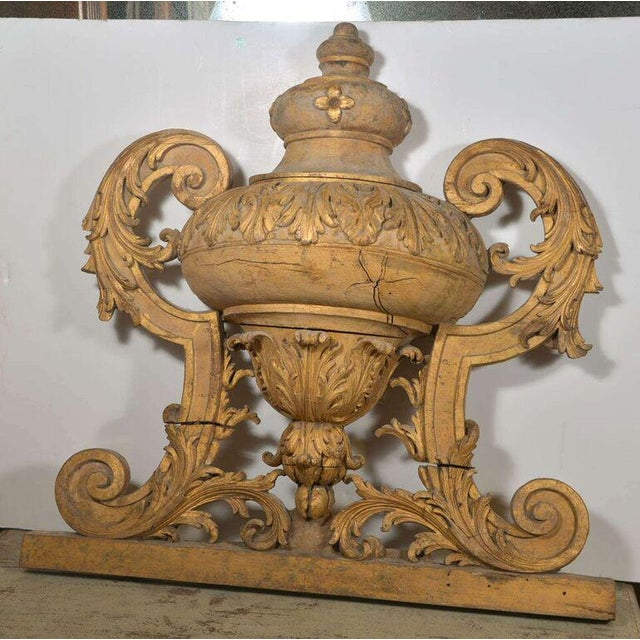 Louis XVI Large 18th Century Louis XVI Carved Urn For Sale - Image 3 of 9