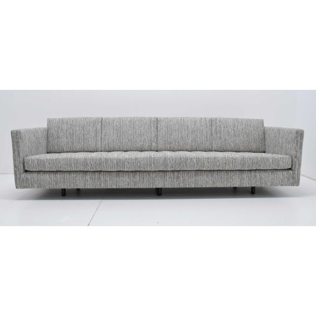 1960s Vintage Harvey Probber Chenille Weave Upholstered Tuxedo Sofa For Sale In Dallas - Image 6 of 13