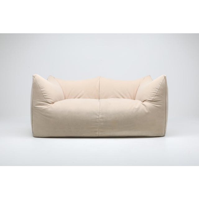 "1970s Mario Bellini ""Le Bambole"" Two-Seat Couch in Alcantara For Sale - Image 6 of 11"