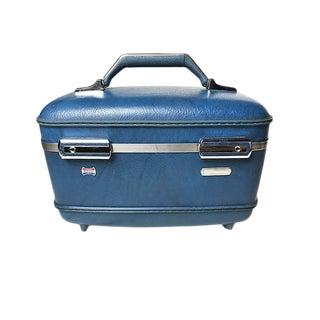 "Vintage ""American Tourister"" Train Case"