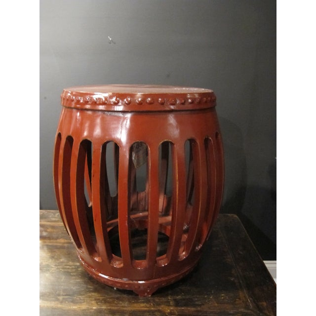 1900 - 1909 1900s Chinese Red Lacquer Pumpkin Stool For Sale - Image 5 of 5