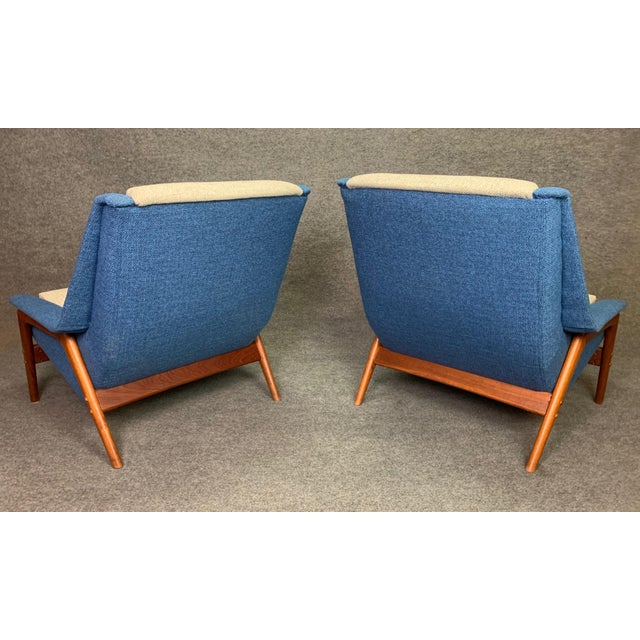 "Pair of Vintage Scandinavian Modern Teak ""Profil"" Lounge Chairs by Folke Ohlsson for Dux of Sweden. For Sale - Image 9 of 11"