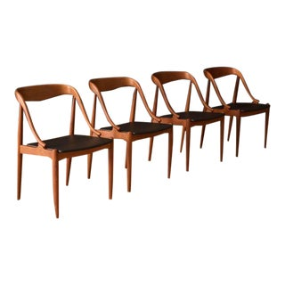 Sculptural Danish Dining Chairs by Johannes Andersen- Set of 4 For Sale