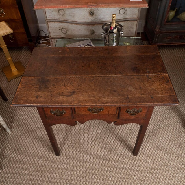 18th Century English Oak Side Table For Sale - Image 4 of 10