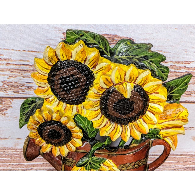 A great spring piece, this sculptural Victorian painted cast iron doorstop dates back to the late 19th century. Shaped...