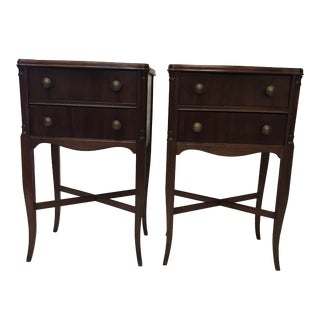 1940s English Traditional Mahogany Nightstands - a Pair