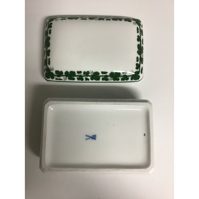 Traditional Vintage Meissen Porcelain Full Green Vine Trinket Box For Sale - Image 3 of 5