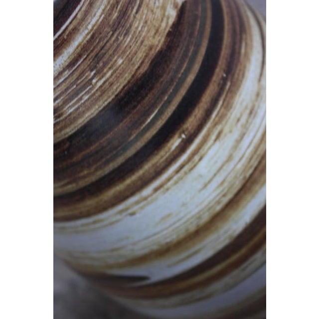 Ceramic 1960s Martz for Marshall Studios Earth Tone Swirl Ceramic Lamp For Sale - Image 7 of 7