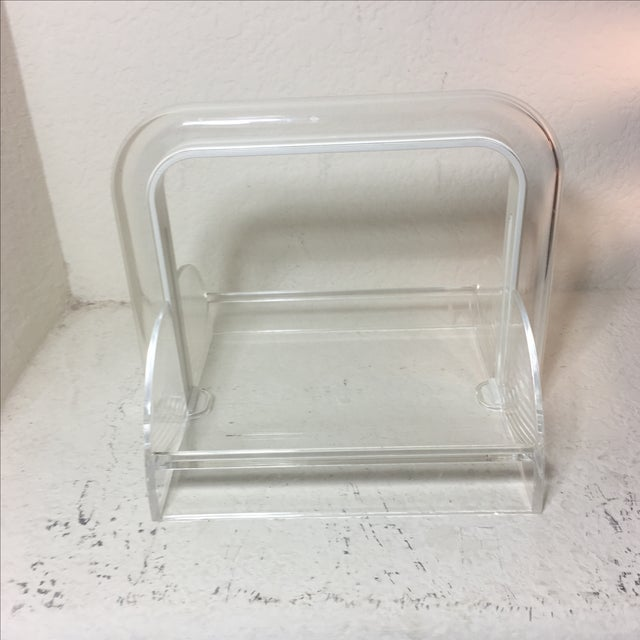 Offered is a white Guzzini napkin holder in like-new condition! Made it Italy.