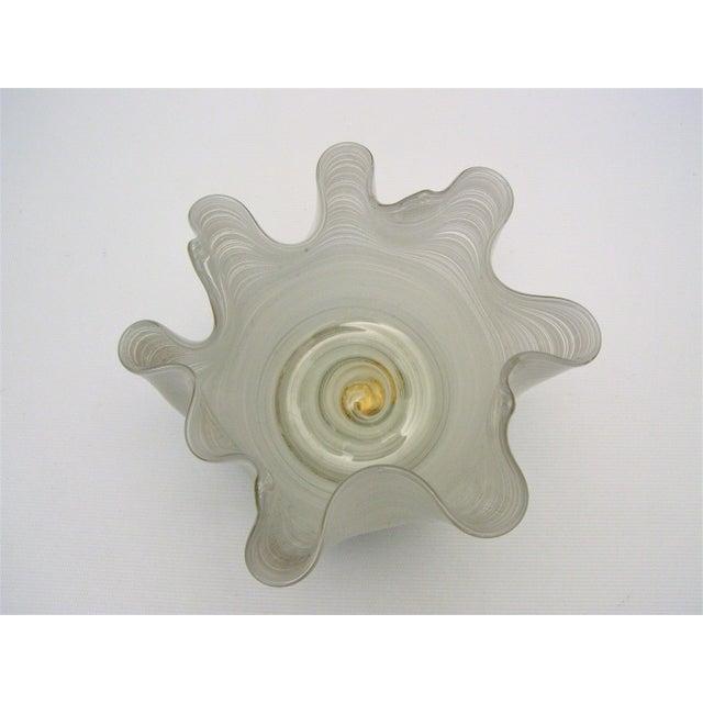 Vintage Aureliano Toso Murano Venetian Handkerchief Glass Vase-1950s Italian Italy Mid Century Modern MCM Millennial For Sale - Image 5 of 11