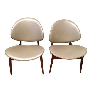 Seymour James Wiener for Kodawood Mid-Century Modern Clamshell Chairs - A Pair