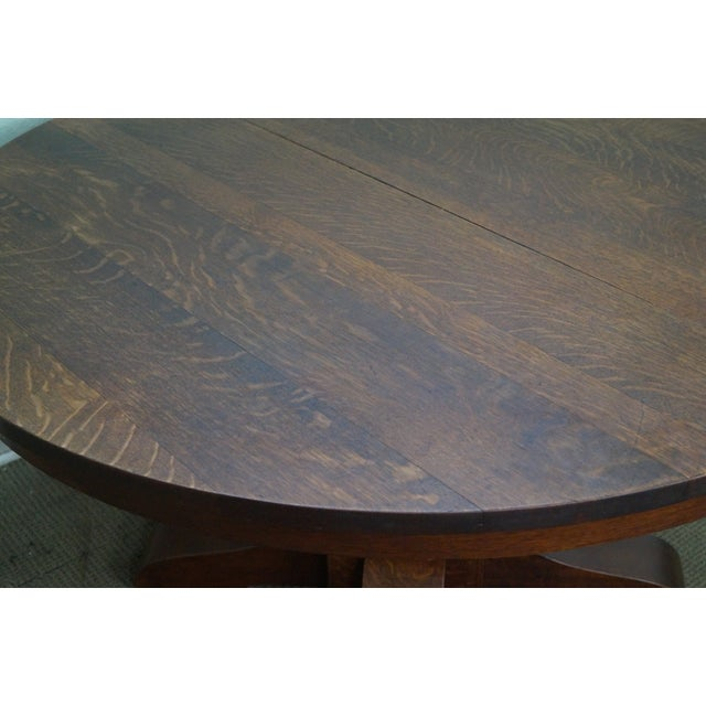 Stickley Antique Gustav Stickley Round Mission Oak Dining Table & 6 Leaves For Sale - Image 4 of 10