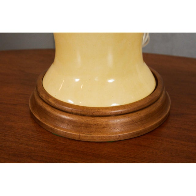 Mid-Century Ceramic Lamps For Sale - Image 4 of 6