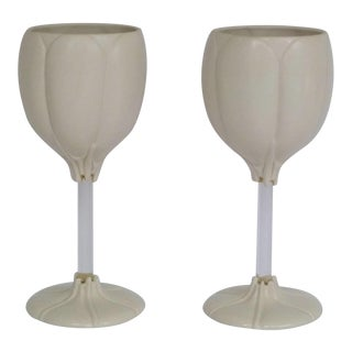 Tulip Shaped Botanical Theme Wine Glasses by Alan Newman Ceramics Works - a Pair For Sale