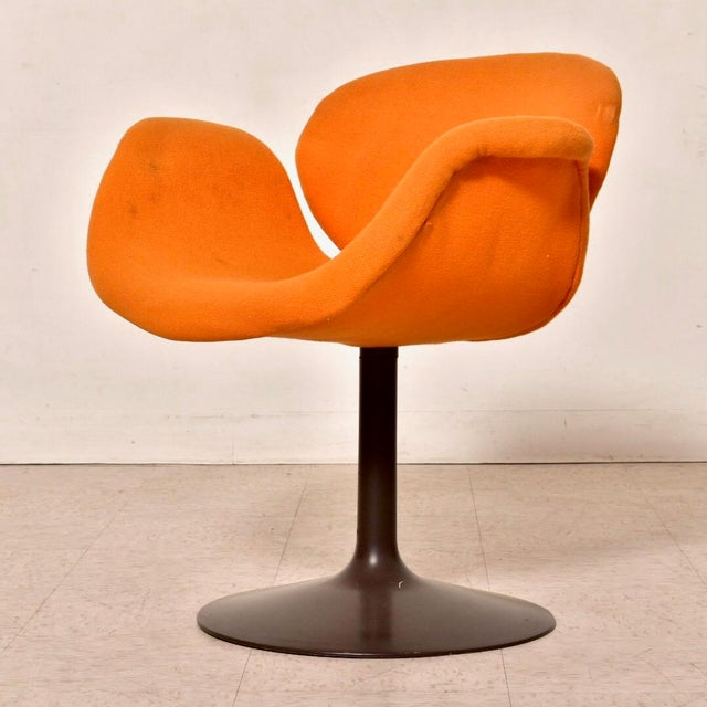These true vintage tulip chairs are a rare species. Designed by Pierre Paulin in 1960, this chair is a vintage treasure....