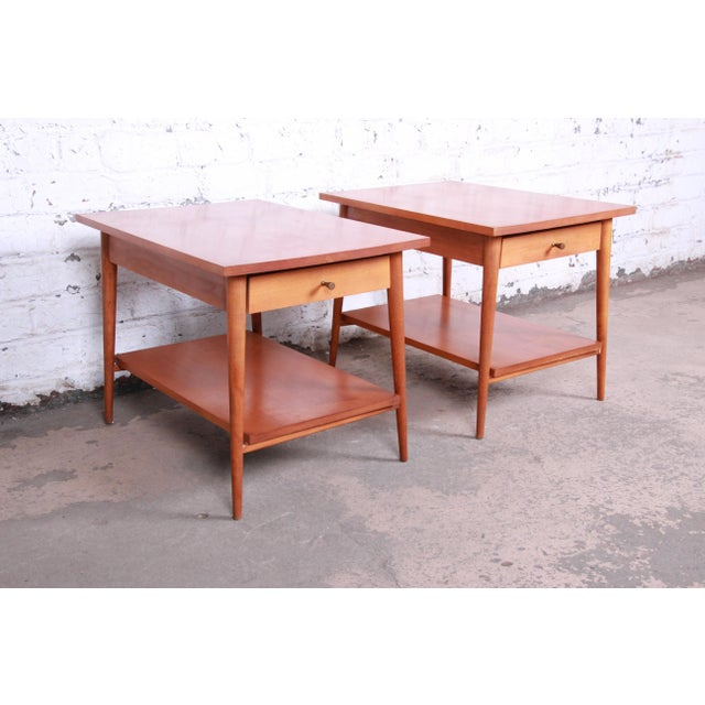 Paul McCobb Planner Group Mid-Century Modern Nightstands or End Tables - a Pair For Sale - Image 13 of 13