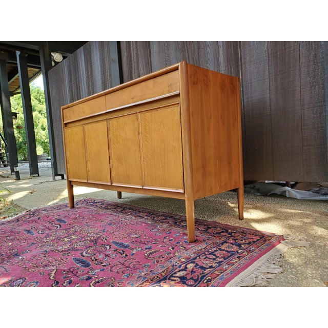 Drexel Mid-Century Modern Parallel Credenza For Sale In Baltimore - Image 6 of 13