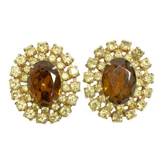 Vintage Oval Golden Brown & Champagne Colored Rhinestone Clip Earrings For Sale