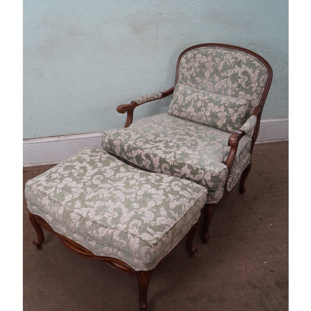 Ethan Allen French Louis XV style Chaise Lounge Fauteuil & Ottoman. Approx 50 years, America. High quality, American made,...
