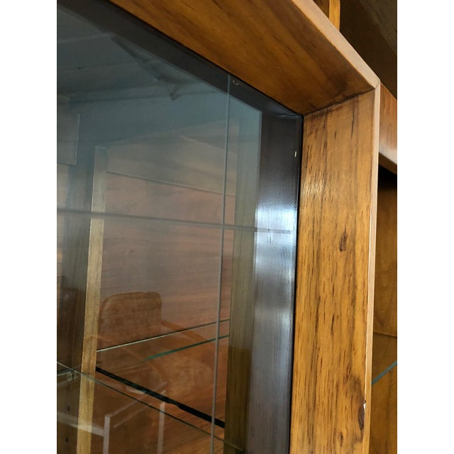 1960s Mid Century Modern Atomic Credenza and Hutch Display For Sale - Image 5 of 11