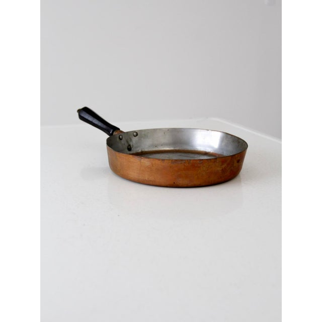 Farmhouse Vintage Revere Copper Skillet Pan For Sale - Image 3 of 9