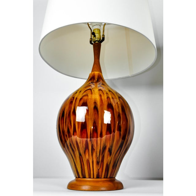 Italian Mid Century Italian Glazed Porcelain Table Lamps - a Pair For Sale - Image 3 of 7