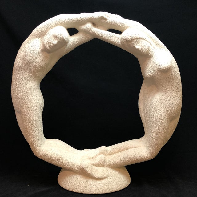 "Vintage Textured Haeger Eternity ""Circle of Love"" Statue For Sale - Image 9 of 10"