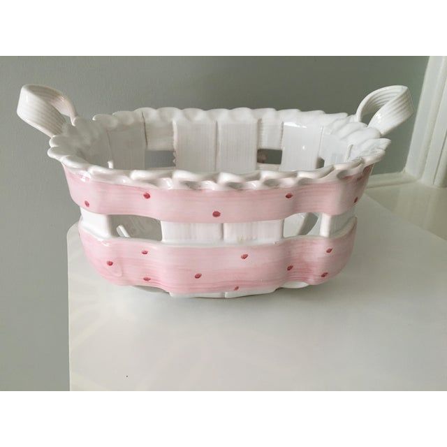 1980s 1980s Portuguese Hand Painted Pink Bow Ceramic Basket For Sale - Image 5 of 12