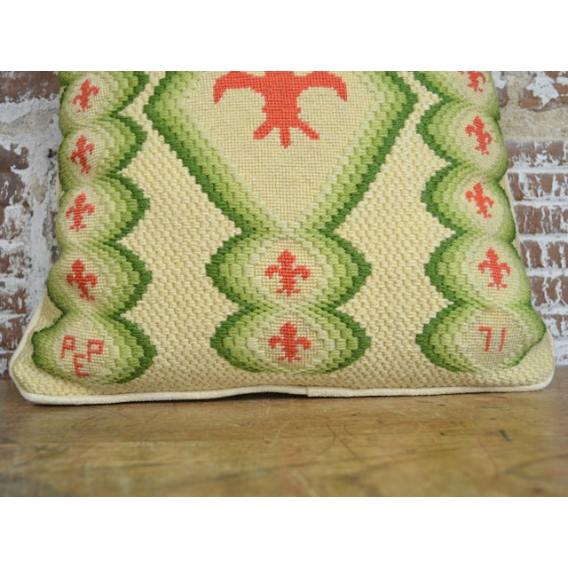 Traditional Vintage Fleur De Lis Needlepoint Throw Pillow For Sale - Image 3 of 5