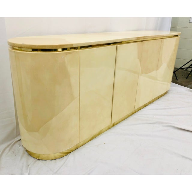 Henredon Vintage Mid Century Modern Brass Wrapped Credenza For Sale - Image 4 of 13