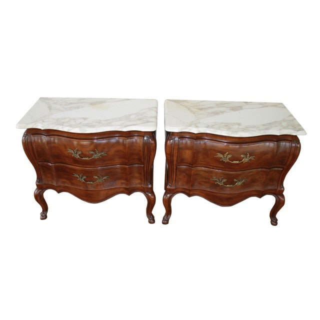 1970s French John Widdicomb Walnut Bombe Chests - a Pair For Sale - Image 9 of 10