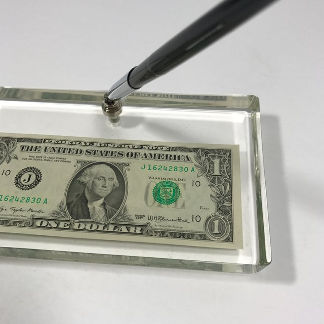 Vintage Dollar Bill Lucite Pen Holder - Image 10 of 11