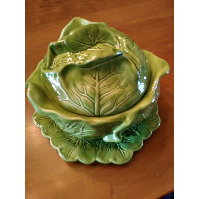 1970s 1970s Majolica Cabbage Tureen With Serving Platter For Sale - Image 5 of 9