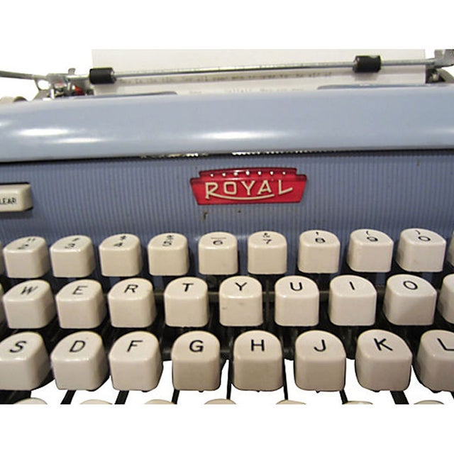 Mid-Century Blue Royal Futura 800 Typewriter - Image 3 of 7