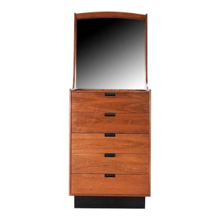 Danish Modern Gentlemans Chest by Dillingham Dresser For Sale