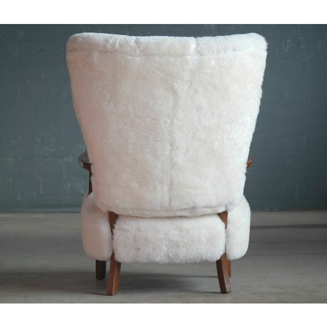 White Fritz Hansen Style Lounge Chair and Ottoman Covered in White Shearling Sheepskin For Sale - Image 8 of 12