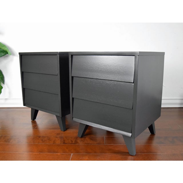 Mid Century Modern Kent Coffey Black Lacquered Side Tables – a Pair For Sale - Image 13 of 13